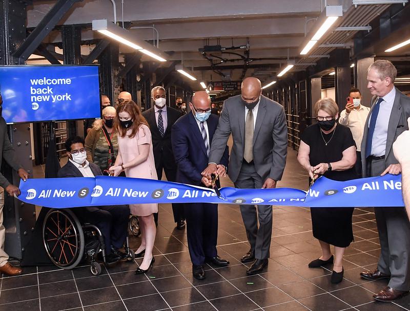 mta opens 42 street shuttle