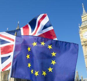 Brexit: EU suggests UK transport companies prepare for 'no-deal' scenario