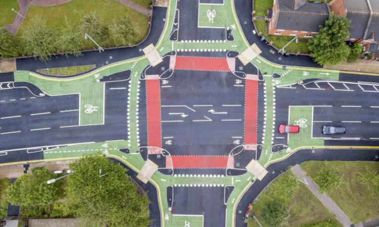 Manchester opens UK's first CYCLOPS cycling junction