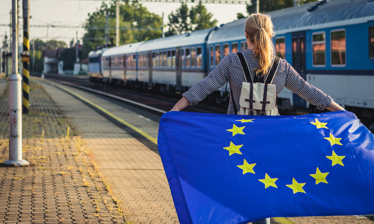 EU invests over €2 billion in 140 transport projects to jump-start economy