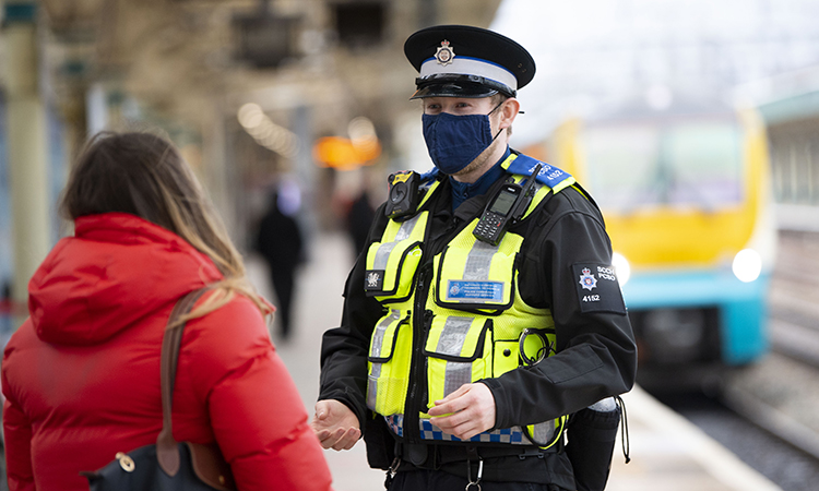 TfW and BTP to reinforce wearing of face coverings on public transport