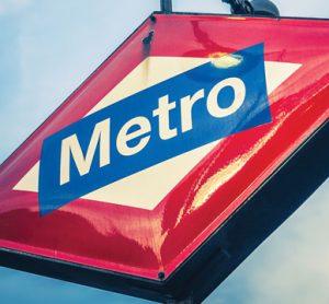Madrid metro sign