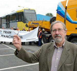 Manchester welcomes hundredth new Metrolink tram