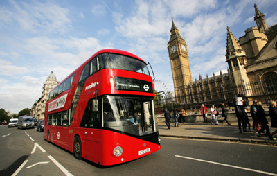 Mayor of London announces 60m deal for 195 new Routemaster buses