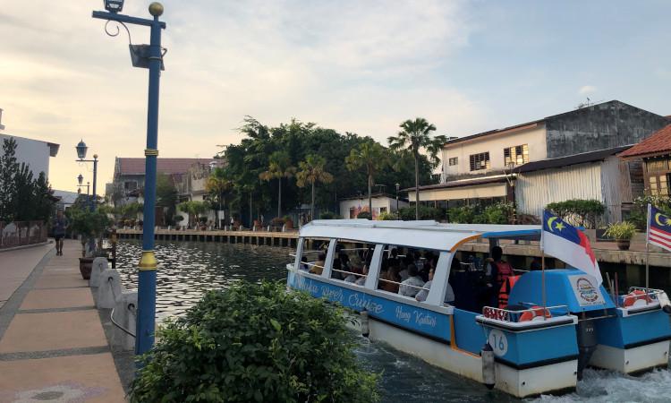 River cruise boat in Melaka