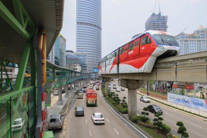 Monorail-in-Kuala-Lumpur,-Malaysia