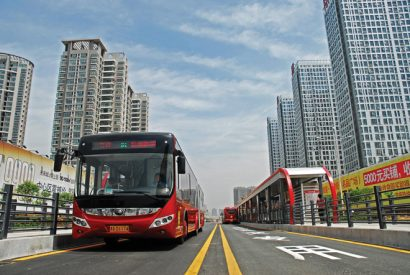 New-Energy-BRT-in-Zhengzhou,-China