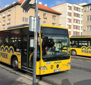 Busem makes a smart move in Písek with Papercast e-paper bus stops