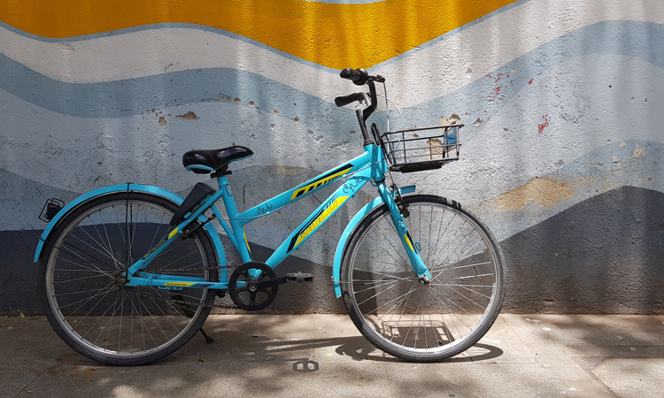A Yulu bike in Pune, India