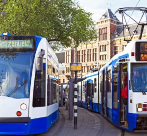 Public transport in Amsterdam is now cash-free only