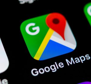 Google Maps can now predict how crowded public transport will be