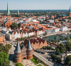 SVHL launches shared ride service in Lübeck with ViaVan