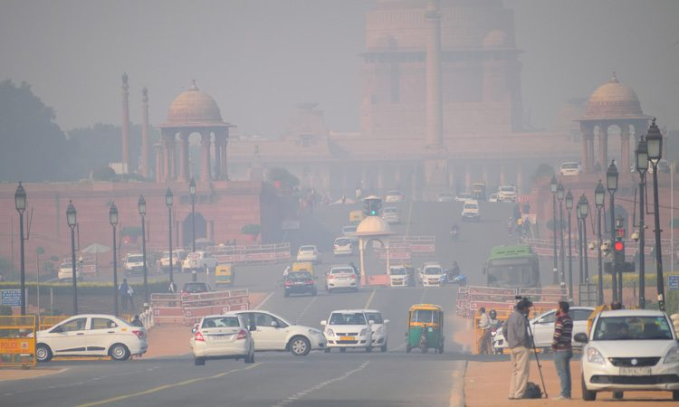 Delhi implements car rationing system to reduce air pollution